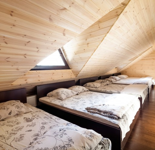 Pokyliu sale miegamasis